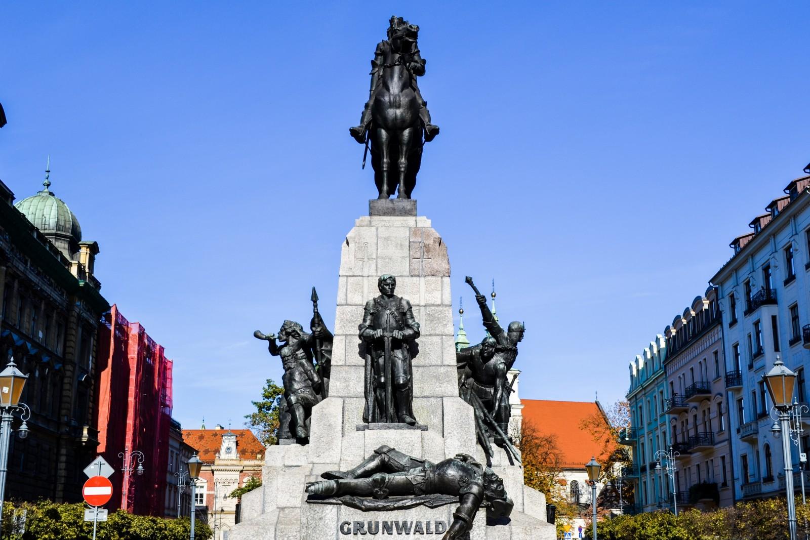 pomnik grunwaldzki na placu matejki w Krakowie